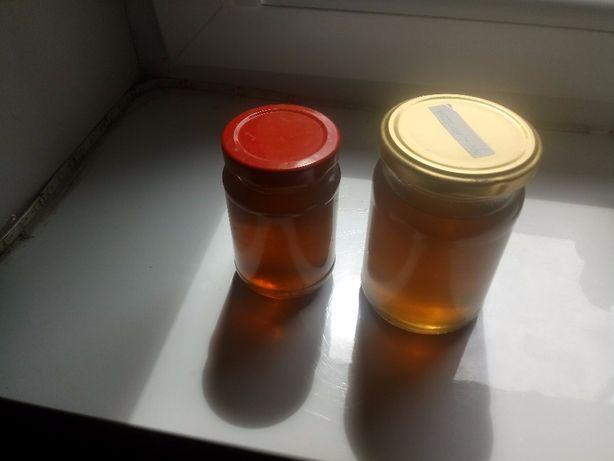Miód z mniszka lekarskiego, syrop z kwiatów bzu, pędów sosny