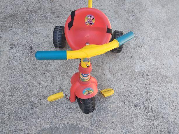 Triciclo mickey + câmara brinca animais + cabide quarto criança