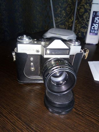 Продам фотоаппарат  Зенит Е ,б/у