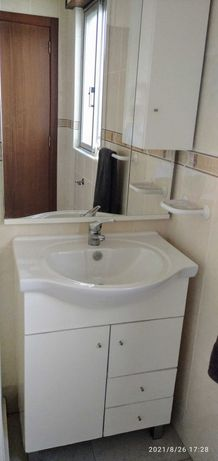 Móvel casa banho + espelho com armário (oferta torneira)