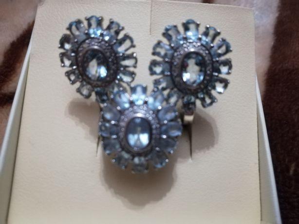 Серебрянный набор с топазами