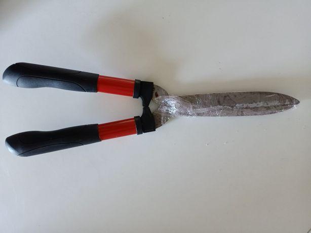 Tesoura corta sebes de duas mãos com lâmina de 20 cm
