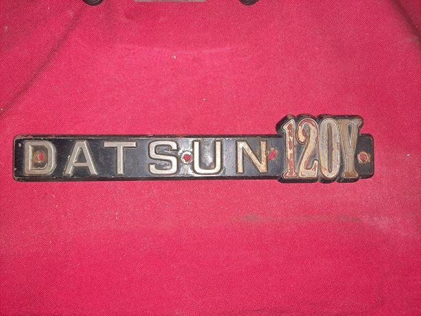 Datsun 120 y legenda