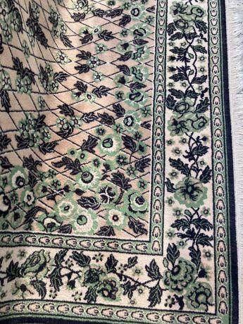Dywan wełniany w stylu retro
