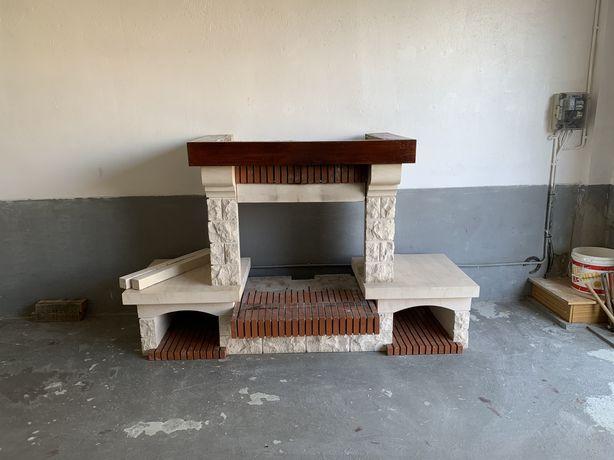 Vendo estrutura para aplicar recuperador ou fogão de sala