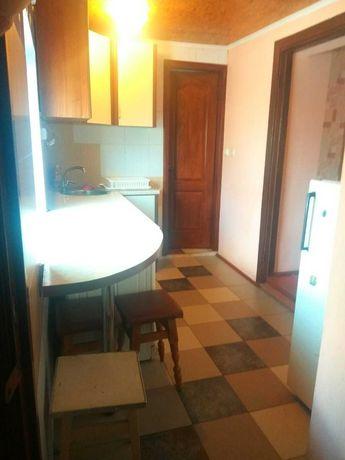 Сдам в аренду  Борщаговка небольшой домик,общ.пл.50м2,