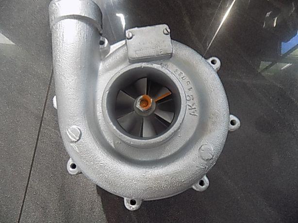 Turbosprężarka kombajn Bizon Rekord SW400