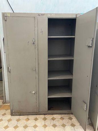 РАСПРОДАЖА шкафы железные столы сейфы тумбы комоды кресла