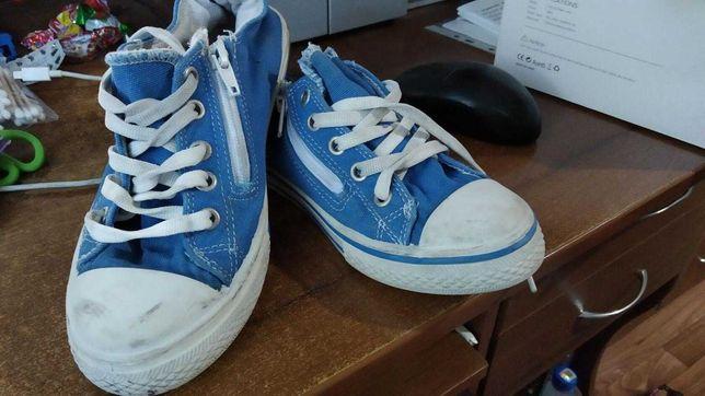 обувь на мальчика по 100р