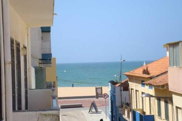 Apartamento junt praia c/ vista mar 20metro praia Armaçao pera Algarve