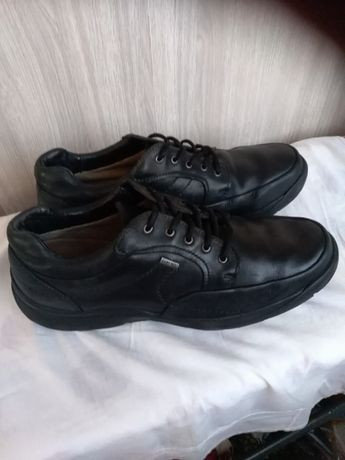 Кроссовки Clarks Gore-tex кожаные