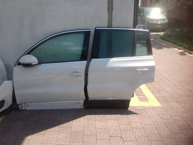 Задні двері до VW TIGUAN 2010-2016
