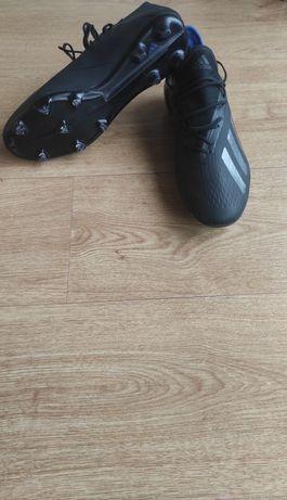 Pack:Chuteira Adidas 18.2/Tamanho:44.2/3+Caneleiras Nike/Tamanho:M