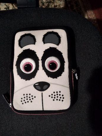 Чехол сумка на планшет антивандальный медведь.