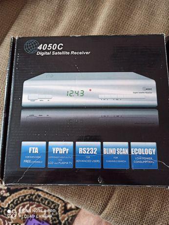 Цифровой тюнер 4050C (Digital Satellite Receiver)
