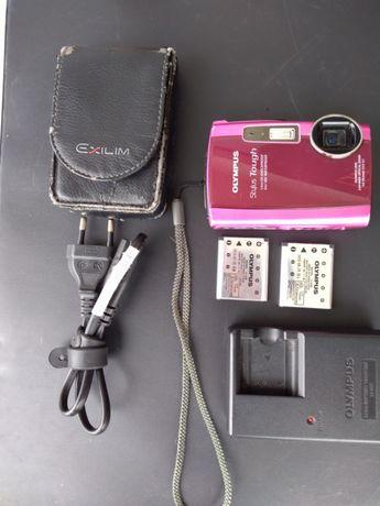 Máquina fotográfica Olympus prova de água e queda