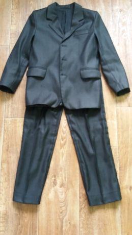 Костюм (пиджак) на мальчика