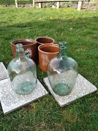 Butle na wino lub wodę