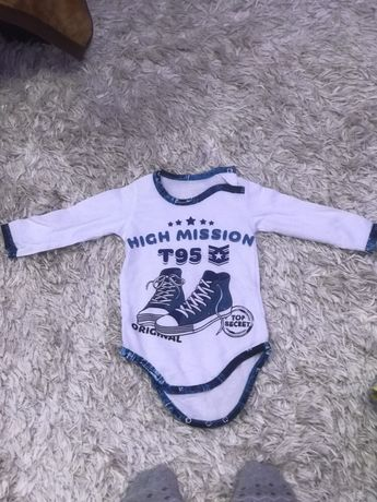 Продам вещи для новорождённого на рост 62-66 см.