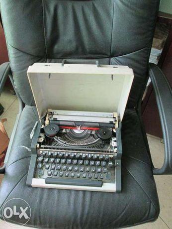 Máquina de escrever