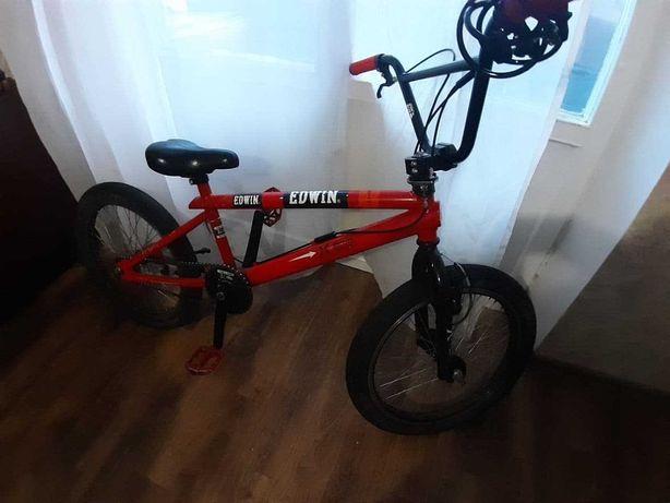 Велосипед BMX + замок и мини насос в подарок
