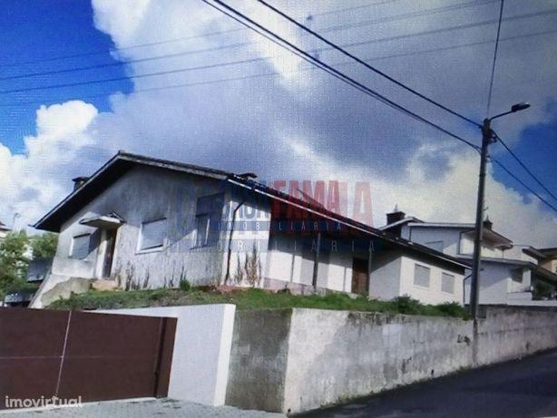 Moradia T4 - Santa Maria da Feira - Aveiro