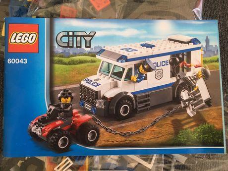 LEGO City - Police transporte de prisioneiros