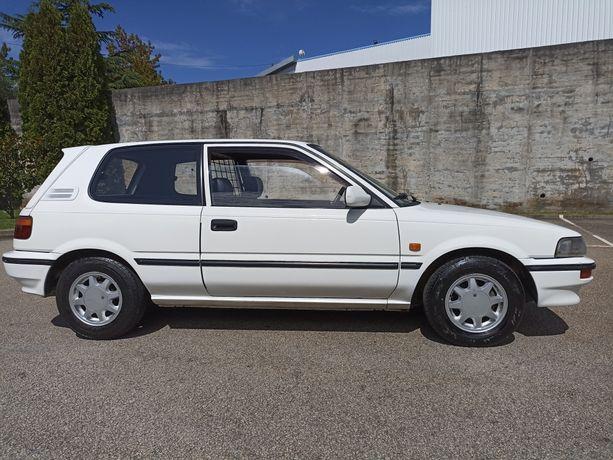Vendo Toyota Corolla 1.8 D