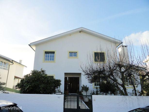 Moradia T5 Venda em Mouçós e Lamares,Vila Real
