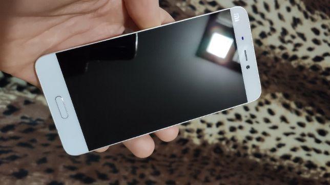 Продам телефон (смартфон) Xiaomi MI 5.