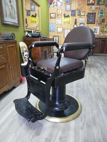 Cadeira barbeiro antiga ( Vintage)