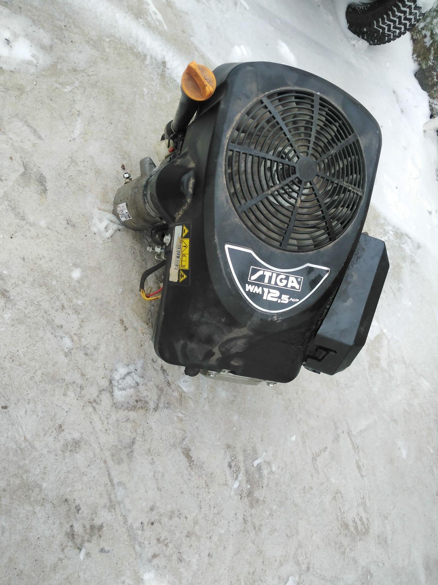 Traktorek kosiarka kampletny silnik 12.5 hp b/s  stiga  sprawny
