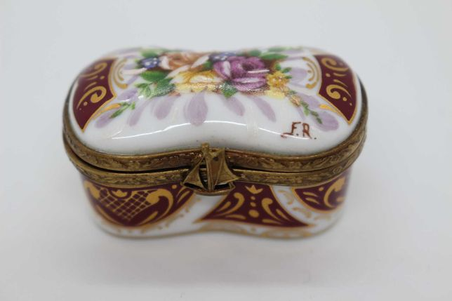 Richelieu Limoges Caixa Porcelana e Metal Floral e fer-rouge Ouro