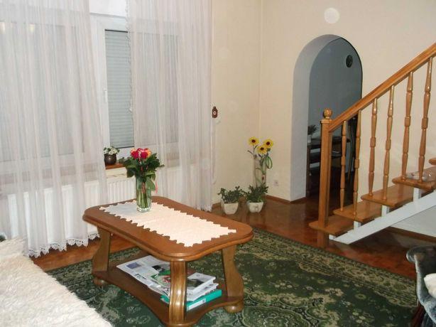 Sprzedam dom wolnostojący Jelcz-Laskowice Centrum ul. Szkolna