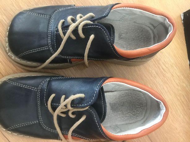Pantofle ze skóry