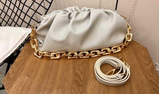 Bottega Veneta BV torebka łańcuch ecru biała kremowa