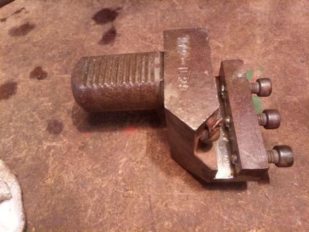 блок на ЧПУ револьверную головку