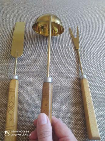 Набор кухонных принадлежностей с покрытием под золото