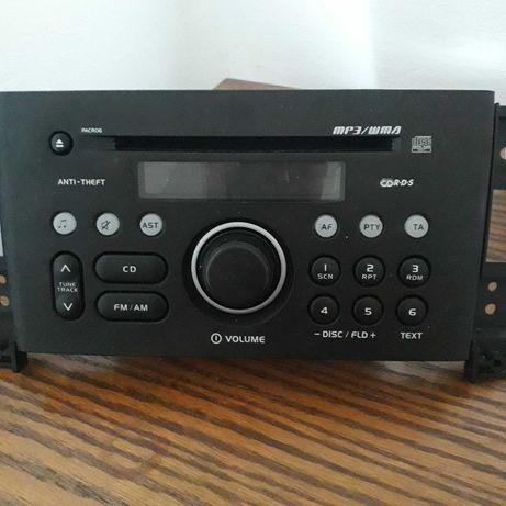 Radio samochodowe, wyjete z Suzuki Grand Vitara