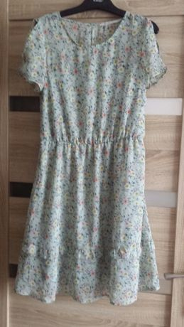 Sukienka wiosenno letnia rozmiar XS stan bardzo dobry +