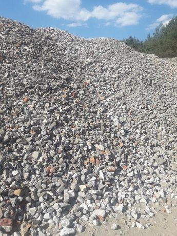 Gruz Betonowy, piasek, czarna ziemia