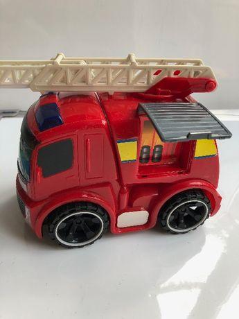 Straż pożarna - ruchoma drabina, otwierany luk na gaśnice