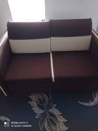 Łóżko sypialniane w bardzo dobrym stanie