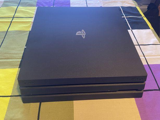 PlayStation 4 Pro 1TB CUH 7116B Jet Black + 5 Gier na płytach !!