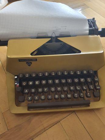 Maszyna do pisania Łucznik 1303