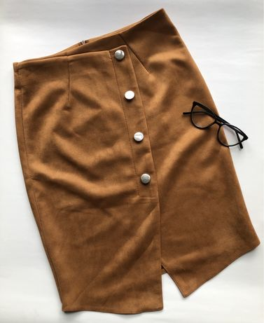 Spódnica zamszowa L
