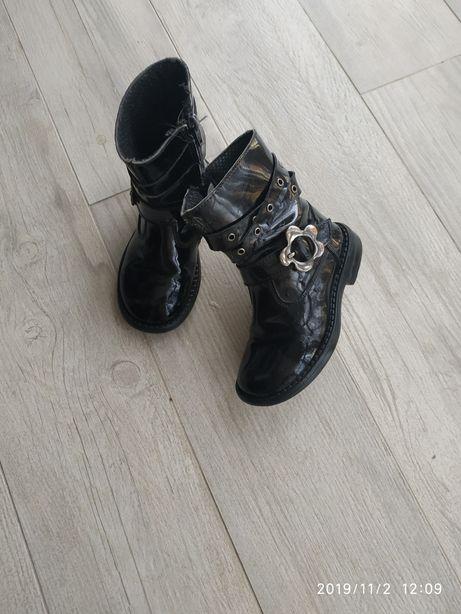 Осіннє демісезонне взуття, чобітки, сапожки для дівчинки 24 розмір