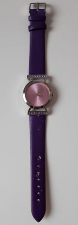 Fioletowy zegarek