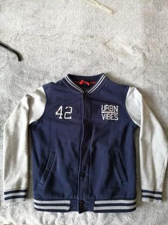 Bluza reserved dla chłopca rozmiar 146