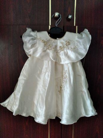 Продам платья нарядные